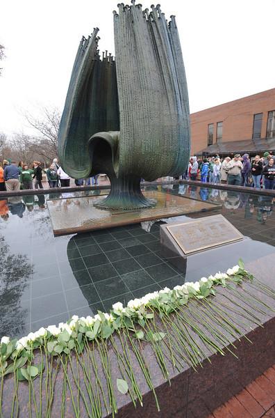 memorial service1904.jpg