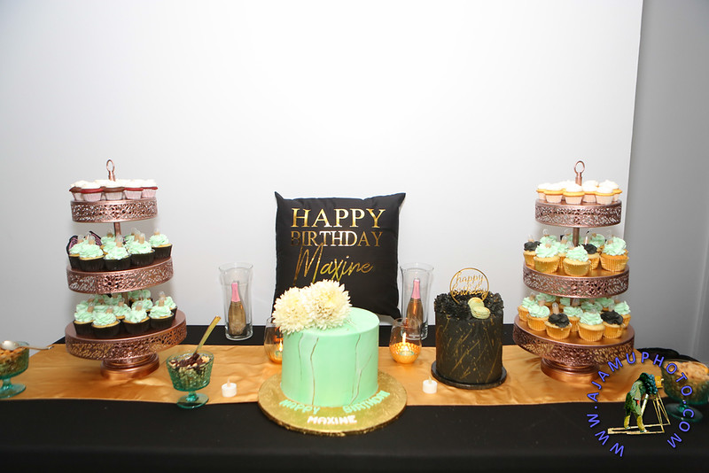 MAXINE GREAVES BIRTHDAY DINNER CELEBRATION 2020R-2686.jpg