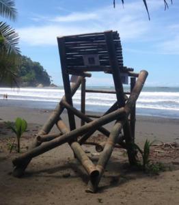 DIY_LifeGuardStandBamboo.png