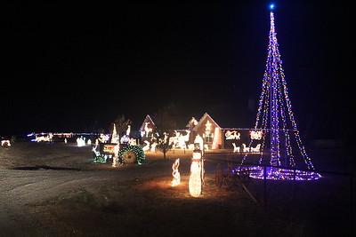 Howe Christmas Lights, 12/13/2017