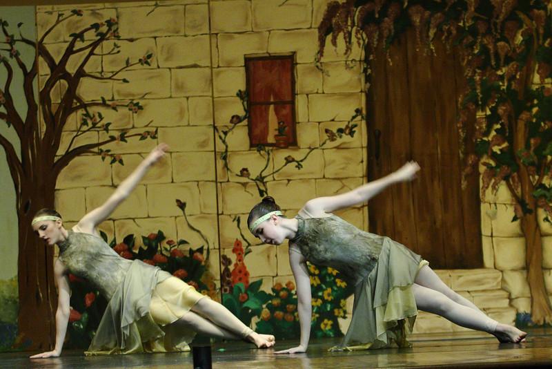 dance_050209_361.jpg