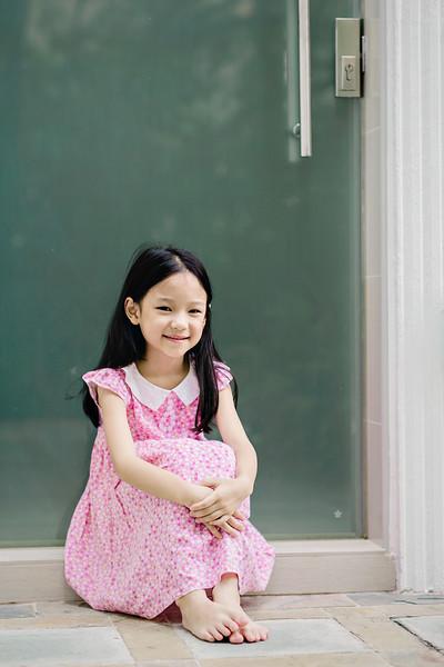 Lovely_Sisters_Family_Portrait_Singapore-4359.JPG
