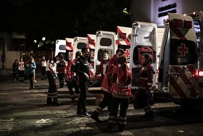 Cruz Roja y ambulancias de noche