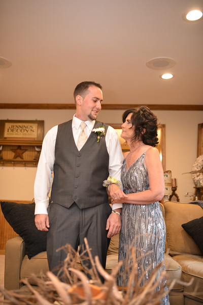 LMVphoto-Ashley and Kevin-161008-1152.jpg