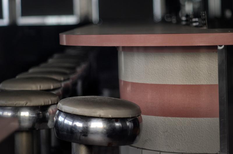 stoolsdiner.jpg