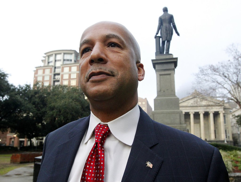 ". <p>6. (tie) RAY NAGIN <p>Katrina mayor�s conviction on 20 corruption charges no doubt the fault of George W. Bush. (unranked) <p><b><a href=\'http://www.nola.com/crime/index.ssf/2014/02/ray_nagin_trial_live_coverage_10.html\' target=""_blank\""> HUH?</a></b> <p>    (AP Photo/Jonathan Bachman)"