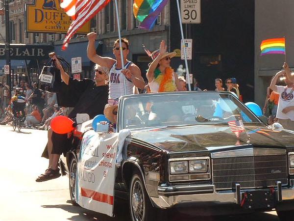Pride Parade 2001-75.jpg