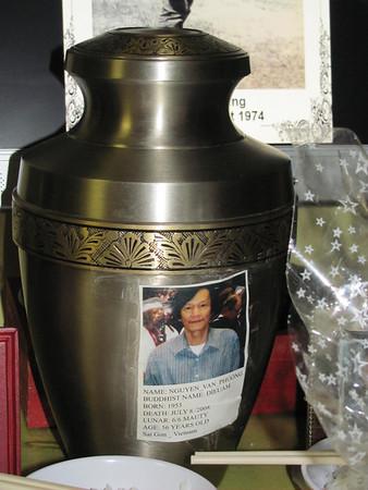 Le Ky Cot Pt. Nguyen Van Phuong