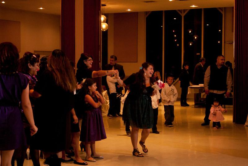2011-11-11-Servante-Wedding-714.JPG