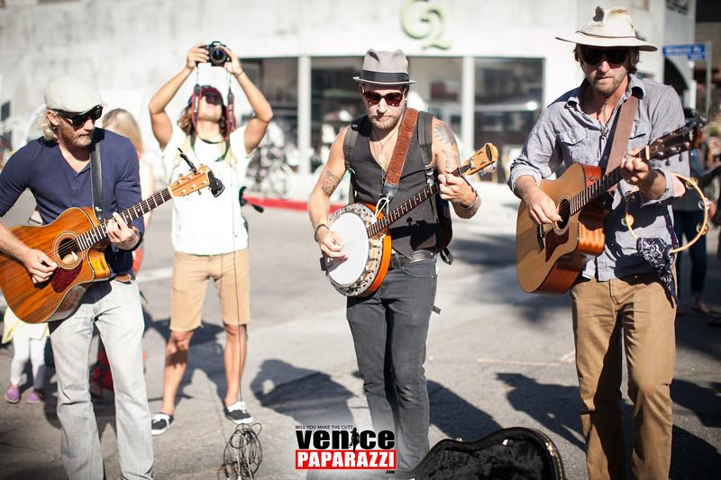VenicePaparazzi-431.jpg