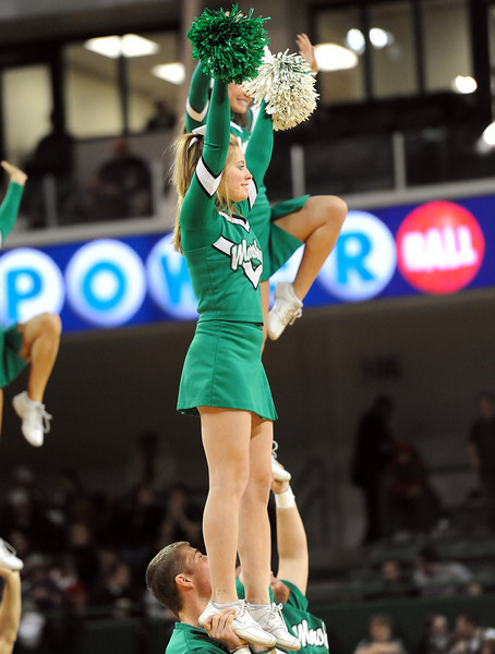 cheerleaders1196.jpg