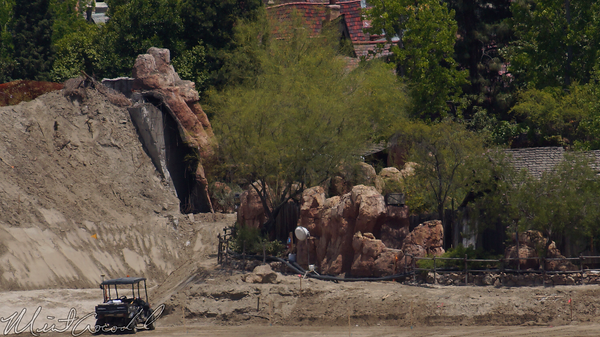 Disneyland Resort, Disneyland, Frontierland, Star, Wars, Land, Critter, Country, River, Rivers, America, Mickey, Friends, Parking, Structure