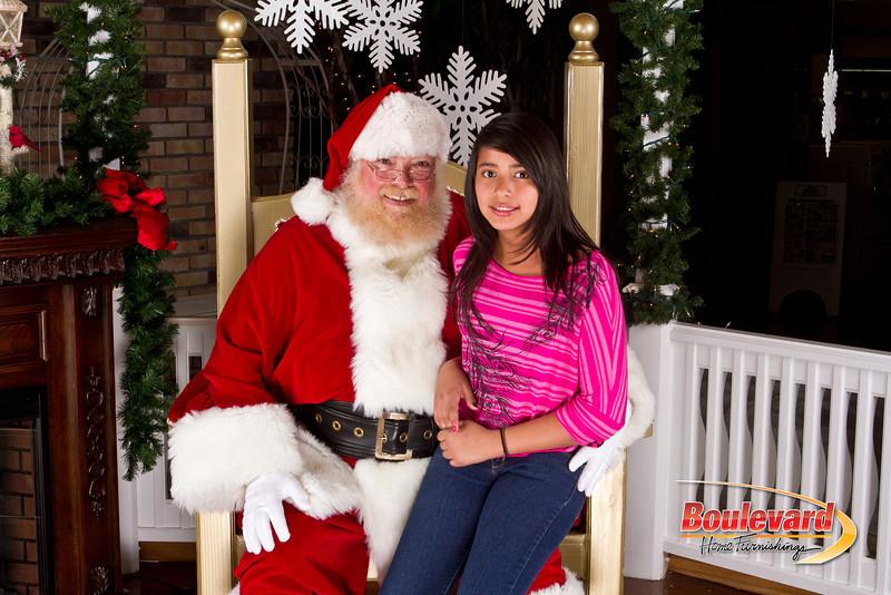 Santa Dec 8-263.jpg