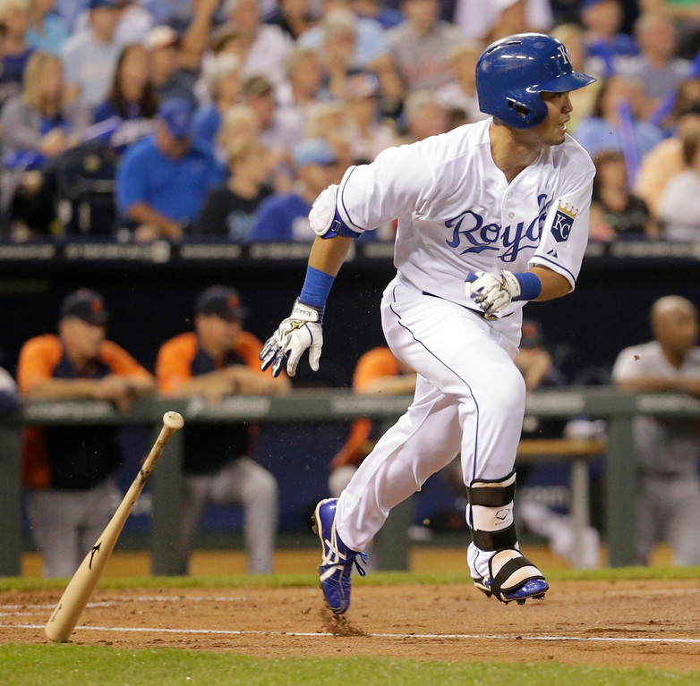 . Kansas City Royals\' Norichika Aoki runs to first on a single during the first inning of a baseball game against the Detroit Tigers on Friday, Sept. 19, 2014, in Kansas City, Mo. (AP Photo/Charlie Riedel)