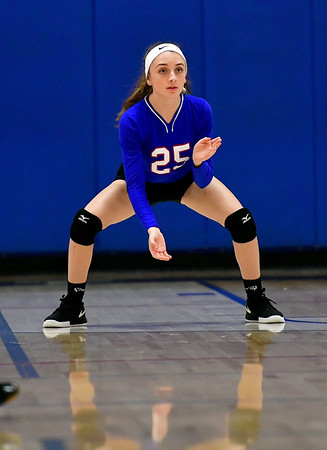 10/11/2019 Mike Orazzi | StaffrSt. Paul's Emily Esposito (25) during Thursday nights girls volleyball with Torrington in Bristol.