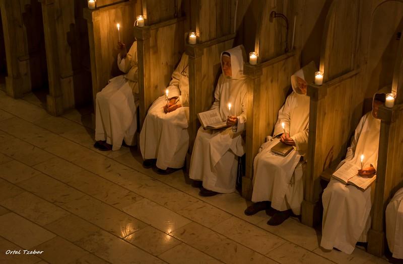 נזירות5.jpg