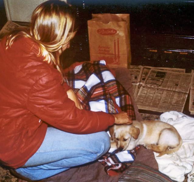 1978 Ellen and Amber at parents xmas eve