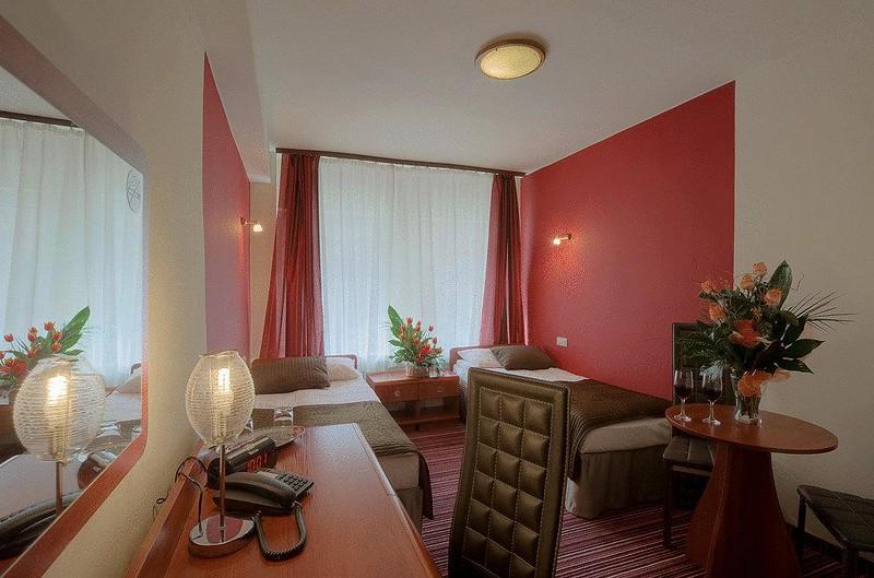 hotel-delta-krakow2.jpg