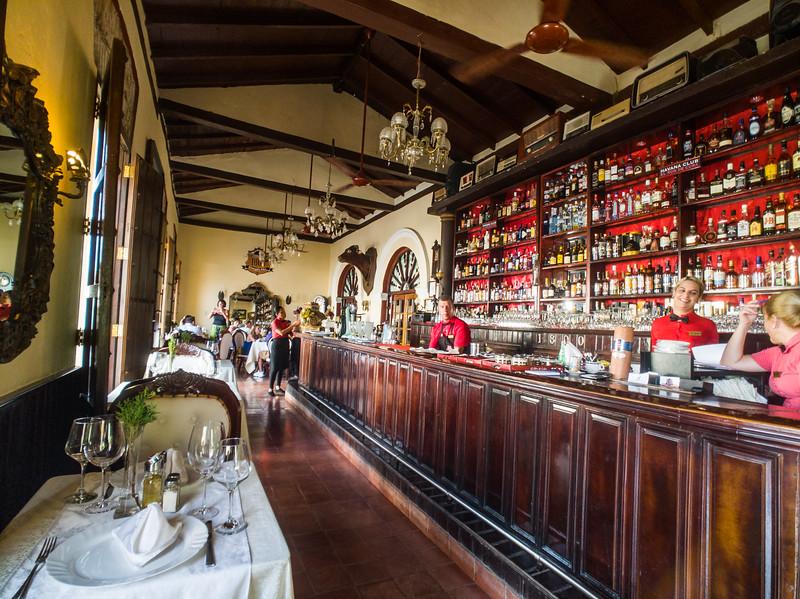 camaguey restaurante 1800-3.jpg