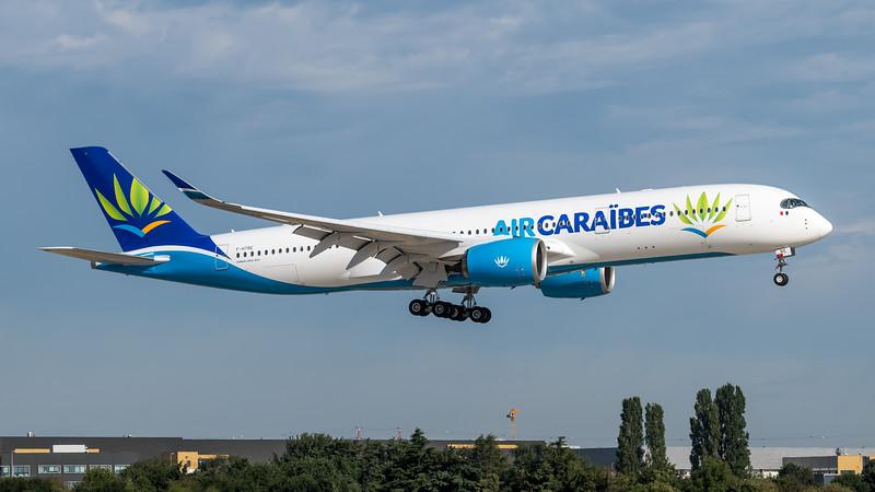 Air Caraibes / Airbus A350-941 / F-HRTF