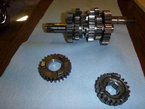DR650 Replacing 3rd Gear With Nova Racing Set