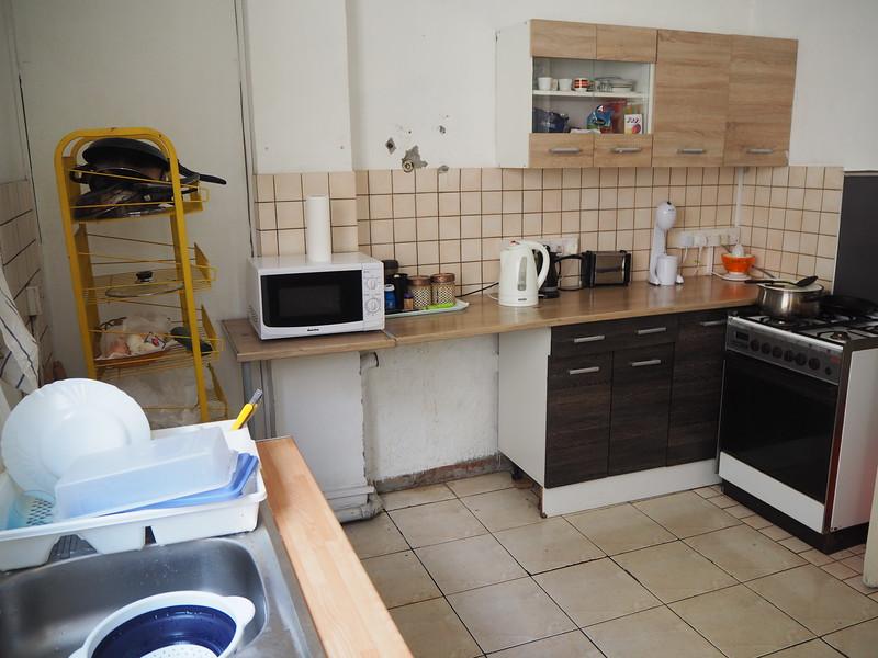 P8050049-xanthis-kitchen.JPG