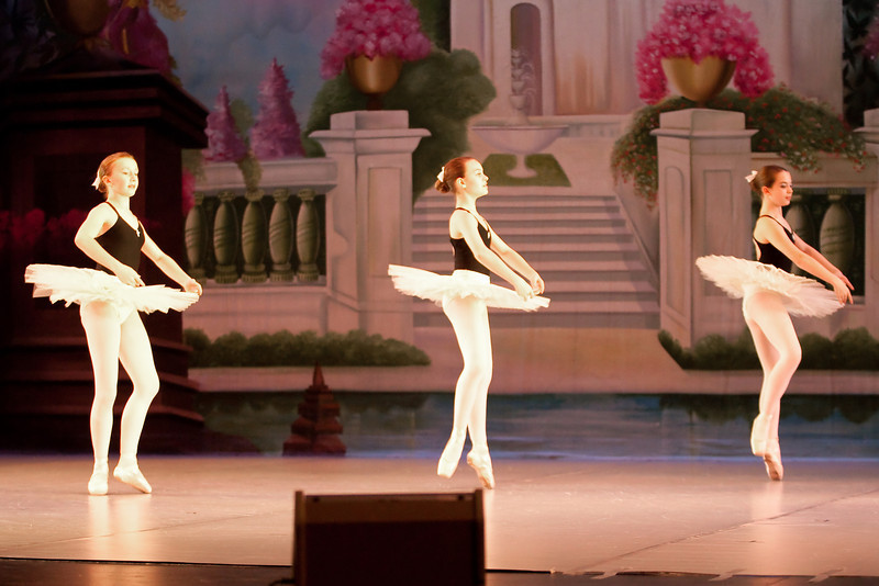 dance_052011_030.jpg