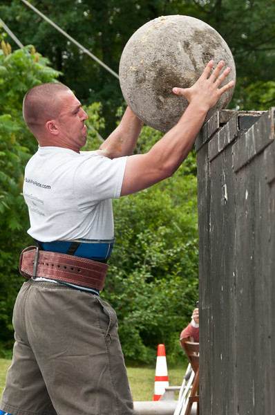 Fitness Revolution Strongman Challenge 2011_ERF4561.jpg