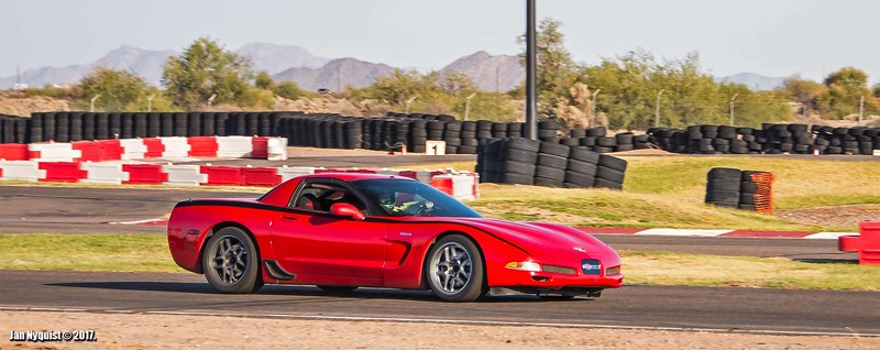 Corvette-red-black-stripe-4890.jpg
