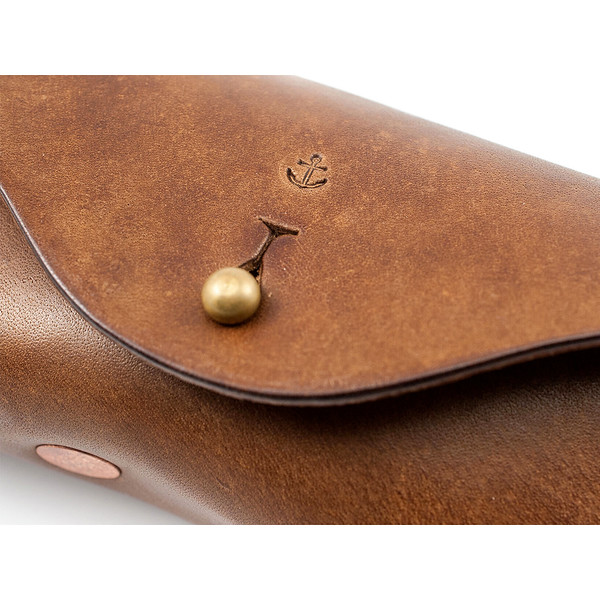 W&A-Case 01 - The W & Anchor Leather Glasses Case No. 106.jpg