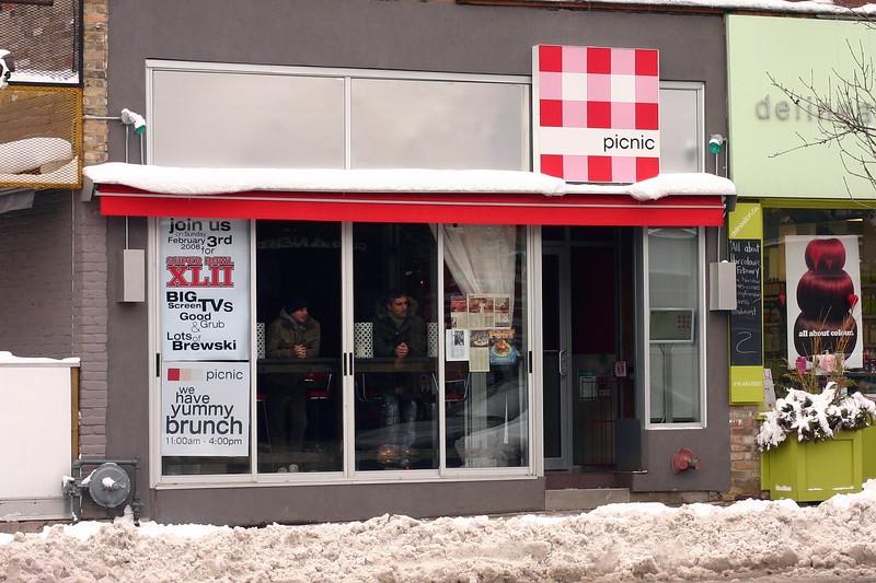picnic-facade_2238795262_o.jpg