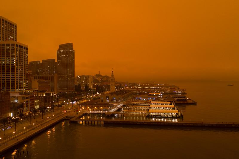 red sky fires 1458729-9-20.jpg