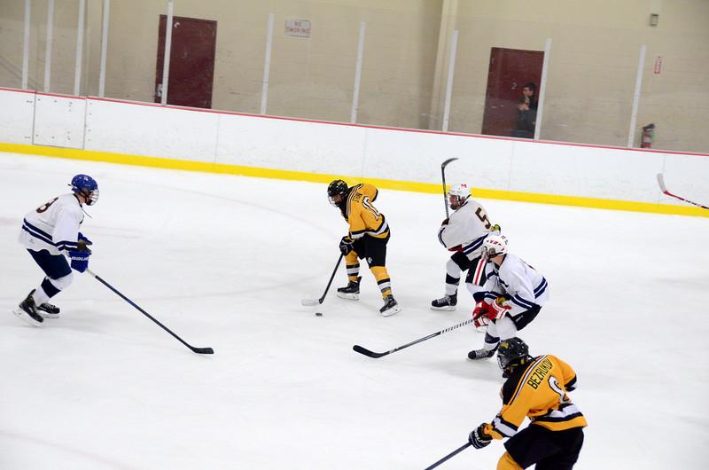 141004 Jr. Bruins vs. Boston Bulldogs-081.JPG