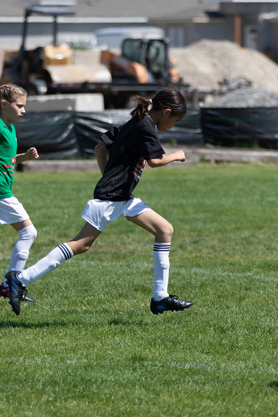 2021-05-15 Lucy soccer