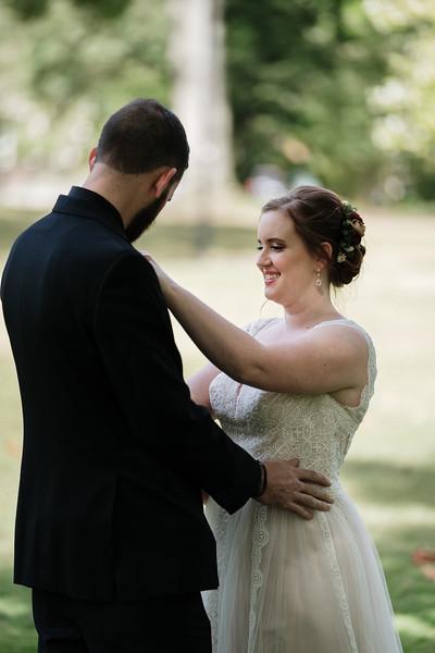 rustic_ohio__fall_barn_wedding-76.jpg