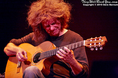 Pat Metheny<br>October 21, 2010<br>Calvin Theater - Northampton, MA<br>Photos by: Dave Barnum