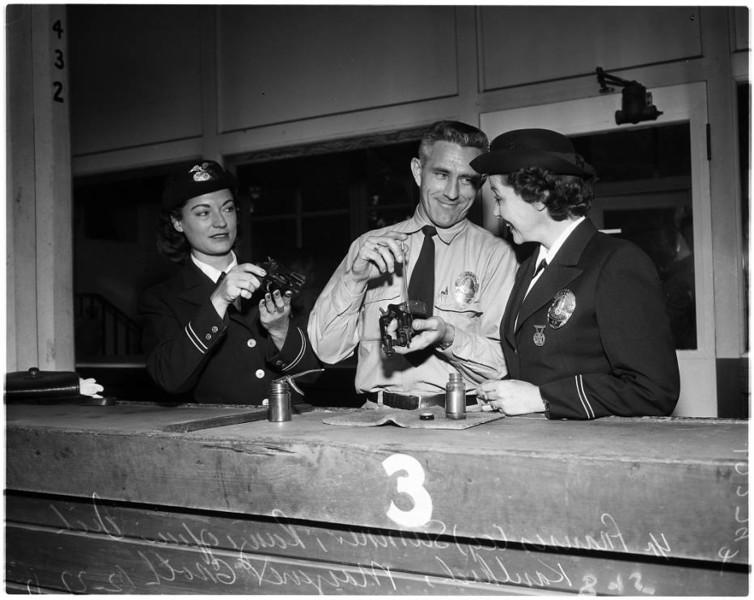 Police_women_feature_1957.jpg