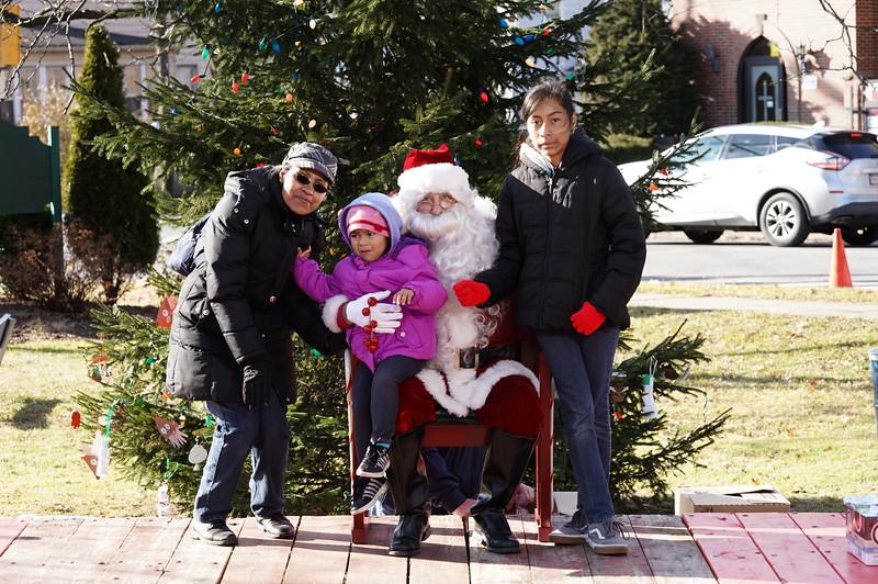 Santa In The Park 20199988.JPG