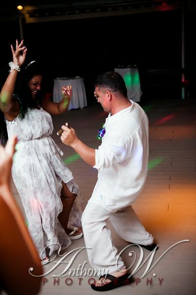stacey_art_wedding1-0392.jpg