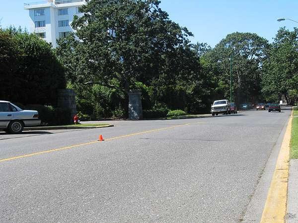 Royal Victoria Marathon Landmarks - 1999 Course - 29 km - Approaching the golf course