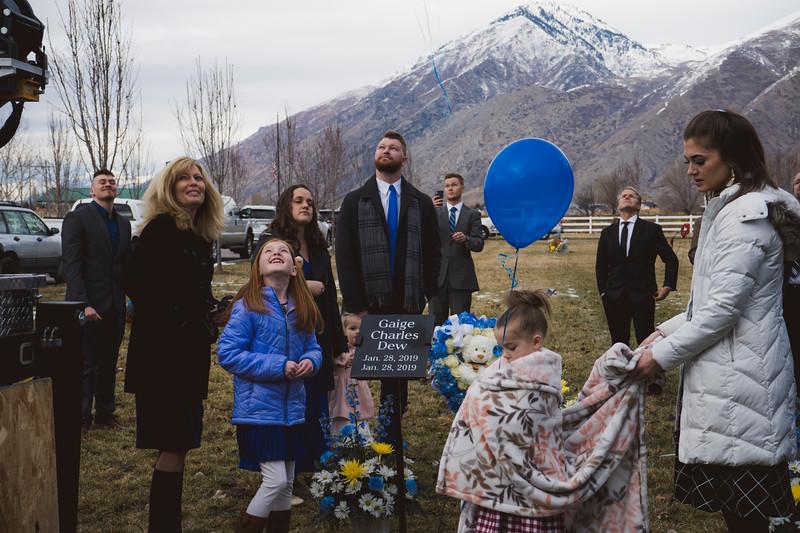baby dew funeral-116.jpg
