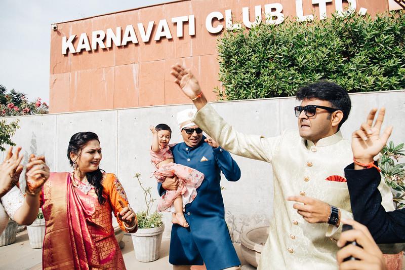 Poojan + Aneri - Wedding Day EOSR Card 1-0409.jpg