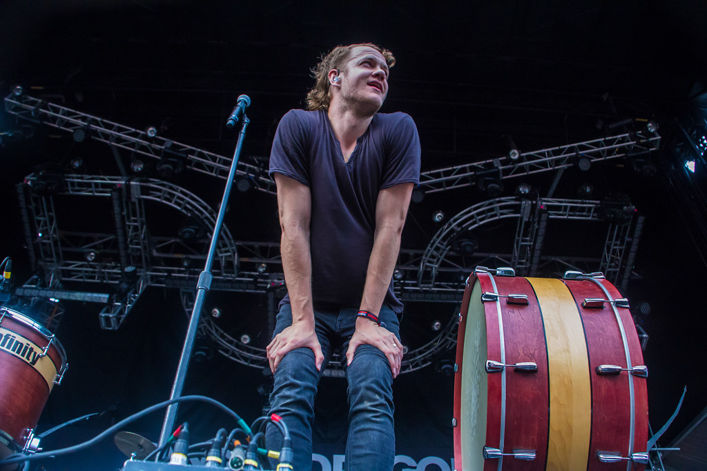 . Imagine Dragons frontman/vocalist Dan Reynolds laughs it off as their transformer blows, leaving them with no microphones or lights in the middle of the third song.