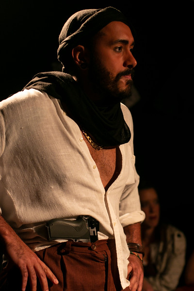 Allan Bravos - Fotografia de Teatro - Indac - Migraaaantes-480.jpg