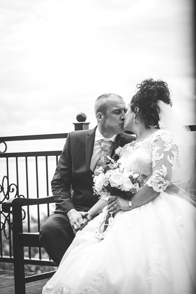 Mr & Mrs Wallington-387.jpg
