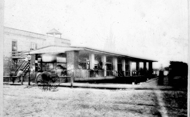 Market - 1800s.jpg