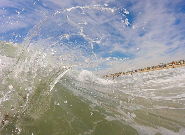 Waves \ Vagues