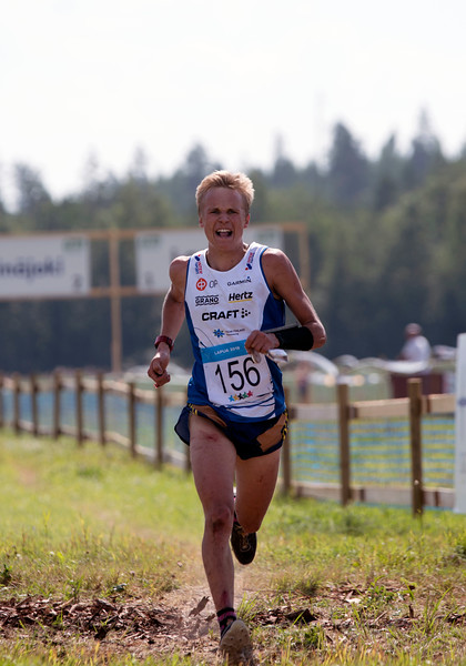Aleksi Karppinen keskimatkan voittaja Kuvaaja: Anu Uhotoinen