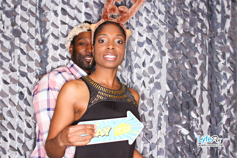 red-hawk-2017-holiday-party-beltsville-maryland-sheraton-photo-booth-0242.jpg