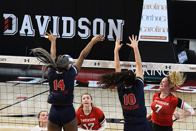 Volleyball vs. Duquesne